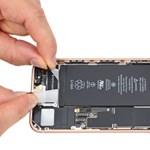 Ráijeszt a felhasználókra az Apple, ha nem velük cseréltetik az iPhone akkumulátorát