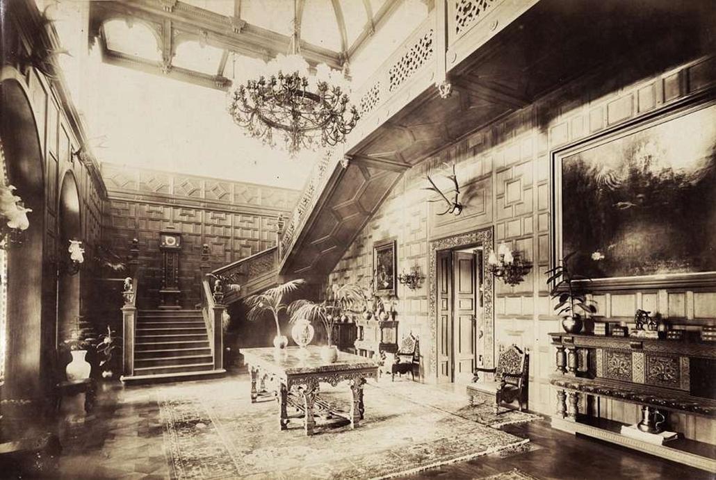 fortep_! - Klösz György kastély nagyítás - Az 1896-ban épült Károlyi-kastélyegyüttes Nagymágócson - lépcsőház II.. A felvétel 1895-1899 között készült.
