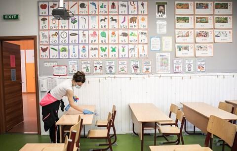 Orván Viktor: változik a menetrend, csak az alsósoknak lesz személyes oktatás április 19-től