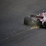 Hatalmas balesettel indult az F1 edzése – videó