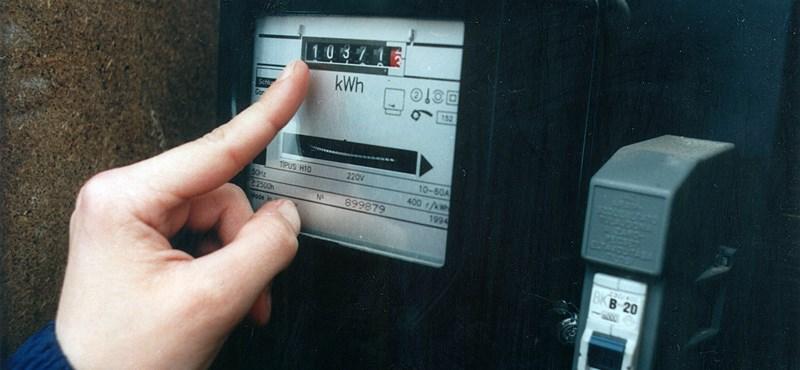 Kártyás villanyórákat ajánlanak a mélyszegénységben élőknek