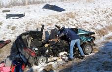 Három gyerek maradt árván a hétfői, M3-ason történt tragédia után