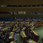 Seres: Éljen, az ENSZ megint megold egy problémát!