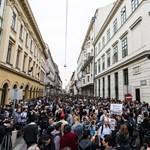 Nem csak Budapesten tüntetnek holnap a CEU-ért