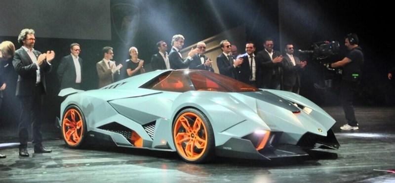 Lamborghini Egoista - ilyen kocsi nincs még egy
