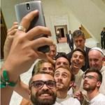 Megkezdi a katolikus doménnév használatát a Vatikán