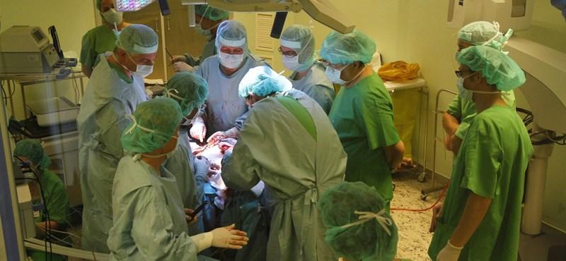 A zalai kórház szerint nem kért belső vizsgálatot a beteg halála miatt felmondott szívsebész
