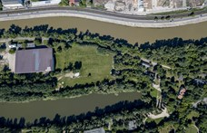 A Hadrianus-palota köszöni szépen, jól van egy golfpálya alatt is