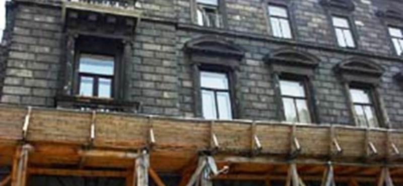 Megkezdődött az Andrássy úti palotaper