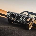 Egy 60 milliós BMW, ami csodálatosan mossa el a határt a 70-es évek és napjaink között