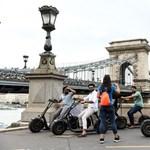 Autó, roller, robogó: vadkeleti káosz a budapesti járműmegosztásban