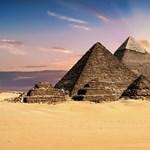 Megoldódhat az évszázados rejtély, megtalálhatták a titkos átjárót Nofertiti sírjához