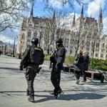 Részeg turisták loptak a Parlamentből