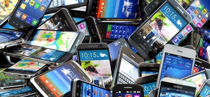 Akad azért itt pénz: havonta 190 ezer új telefont vesznek a magyarok