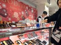 Sokba fáj a boltoknak a vasárnapi nyitvatartás