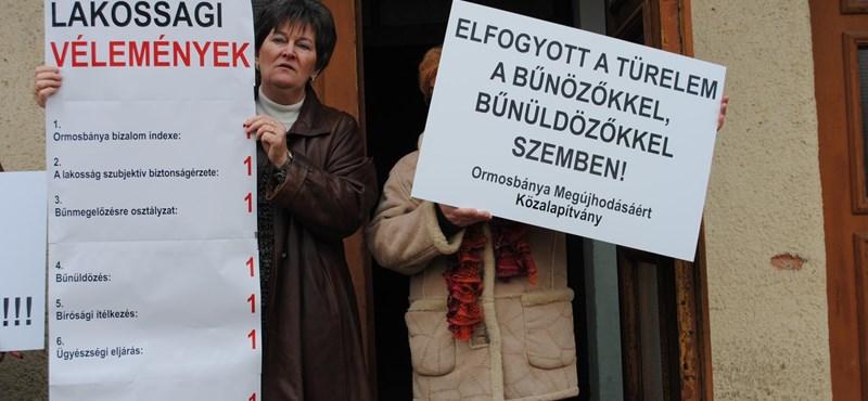 Tüntetés Borsodban: Pintér nem hozta el a közbiztonságot