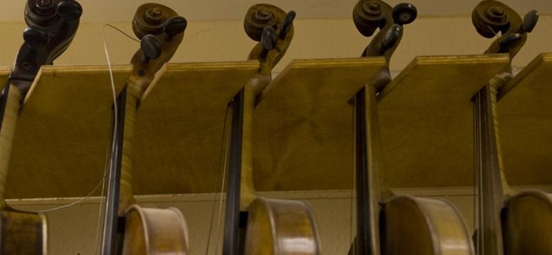 Hárommilliárd forintot költ iskolai hangszerekre a kormány