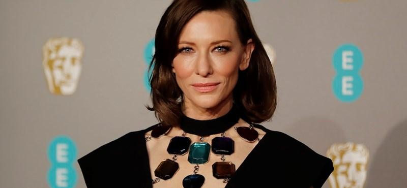 Cate Blanchett a világot uraló kövekkel pózolt a BAFTA-gálán. Féljünk vajon?