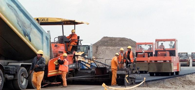 Csökkentené az autópálya építési költségeit a román közúti hatóság