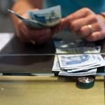 A pénzváltók is online kasszát kapnak a nyakukba