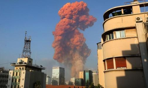 Óriási robbanás történt Bejrútban