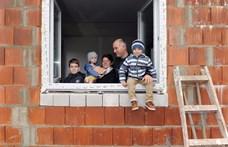 Nem három, MÉG három gyerek kell az orbáni szuperhitel tartozásának elengedéséhez