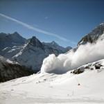 Diákokat sodort el a lavina Franciaországban