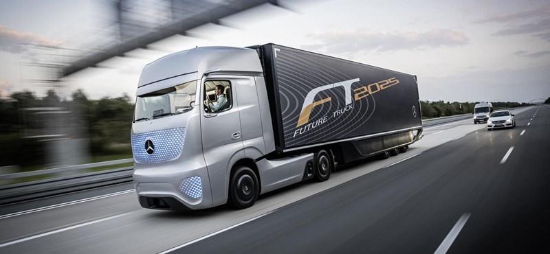 Futurisztikus külsejű, önmagát vezető kamiont csinált a Mercedes