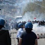 Több ezer tüntető csapott össze a rendőrökkel Nápolyban