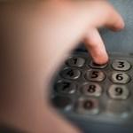 Ha túl okos az óra a kezén, akkor azt is leleshetik vele, mikor ír be éppen PIN-kódot a bankautomatán